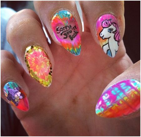 Lilly Allen Nails